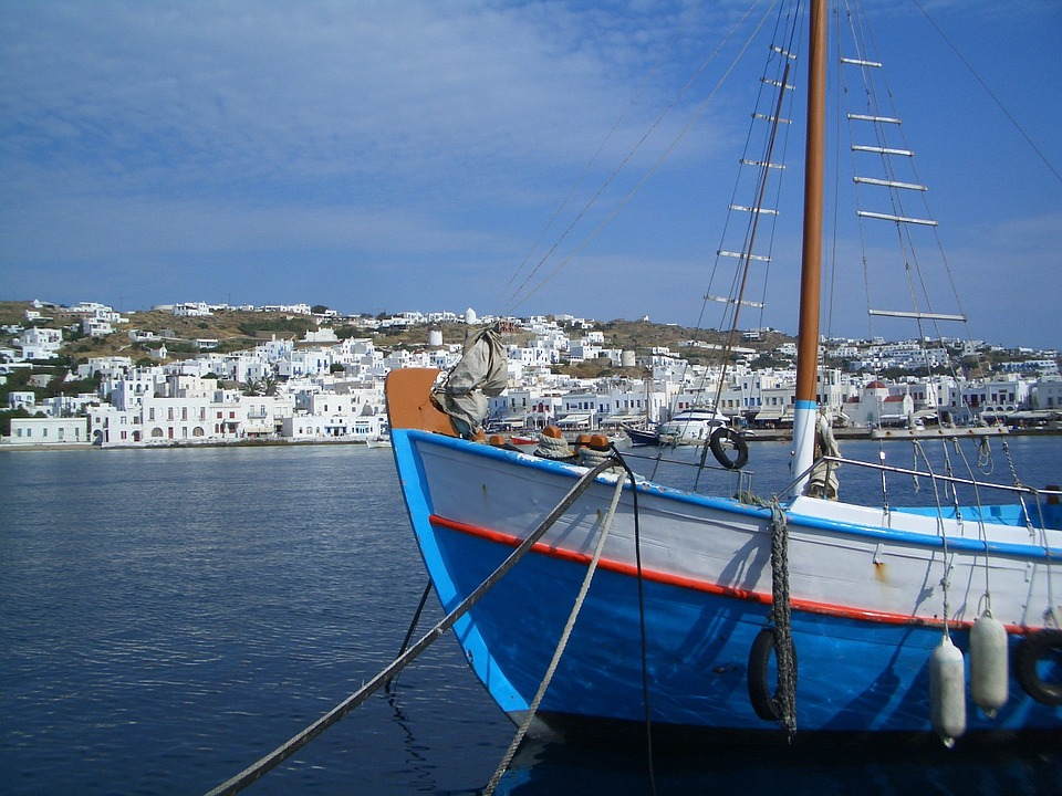 Where to sail in greece? Mykonos Pixabay royalty free image