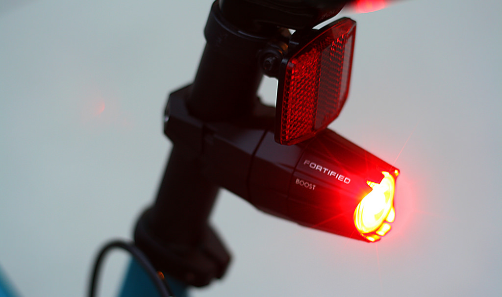 Guide to buying bike lights Types of cycle lights Flickr CC image by Richard Masoner Cyclelicious