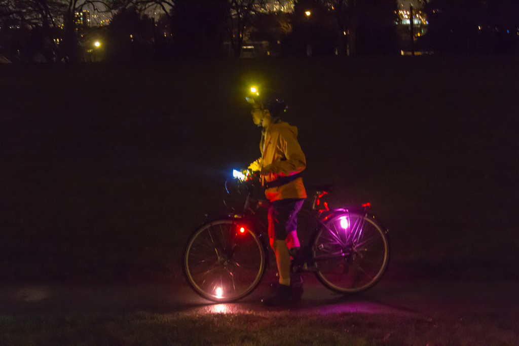 Guide to buying bike lights Types of cycle lights Flickr CC image by roland