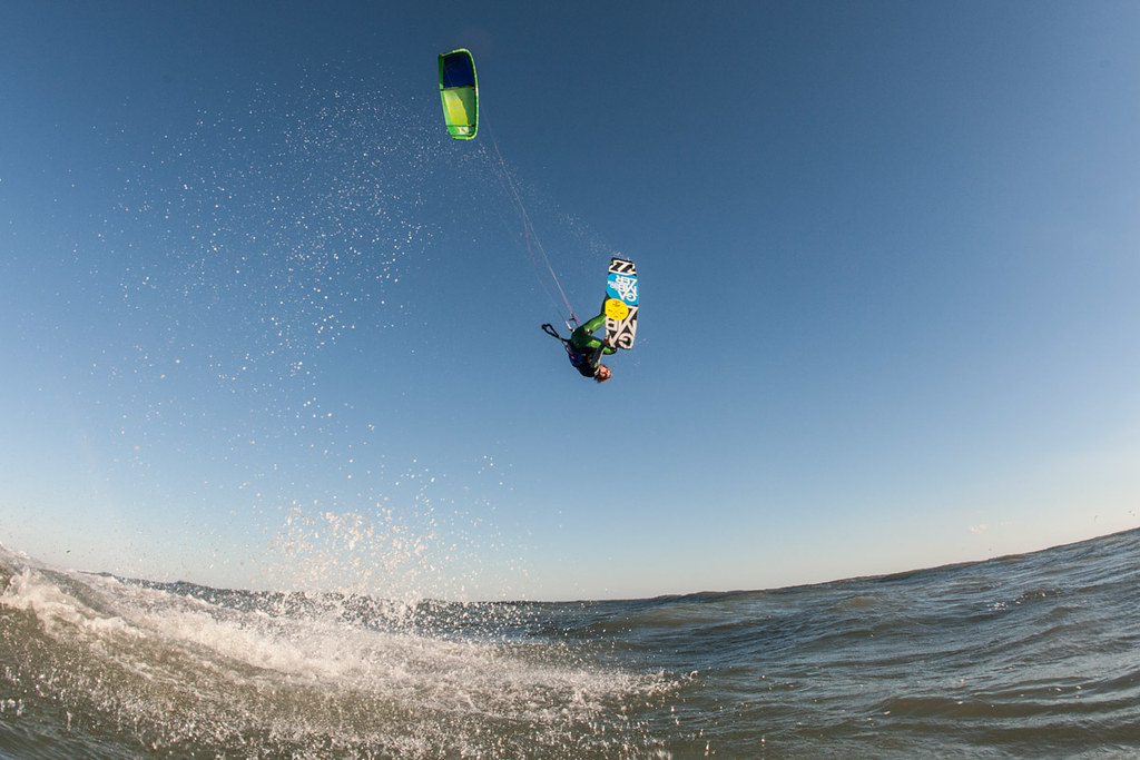 Castelldefels, barcelona kiteboarding holiday in spain Flickr CC image by kitesurftour_europe