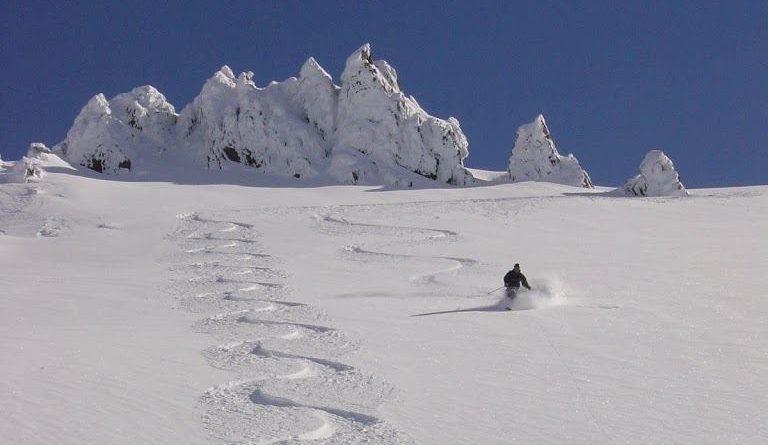 Craigieburn one of the best NZ ski resorts for New Zealand snowboarding holidays image from Craigieburn facebook