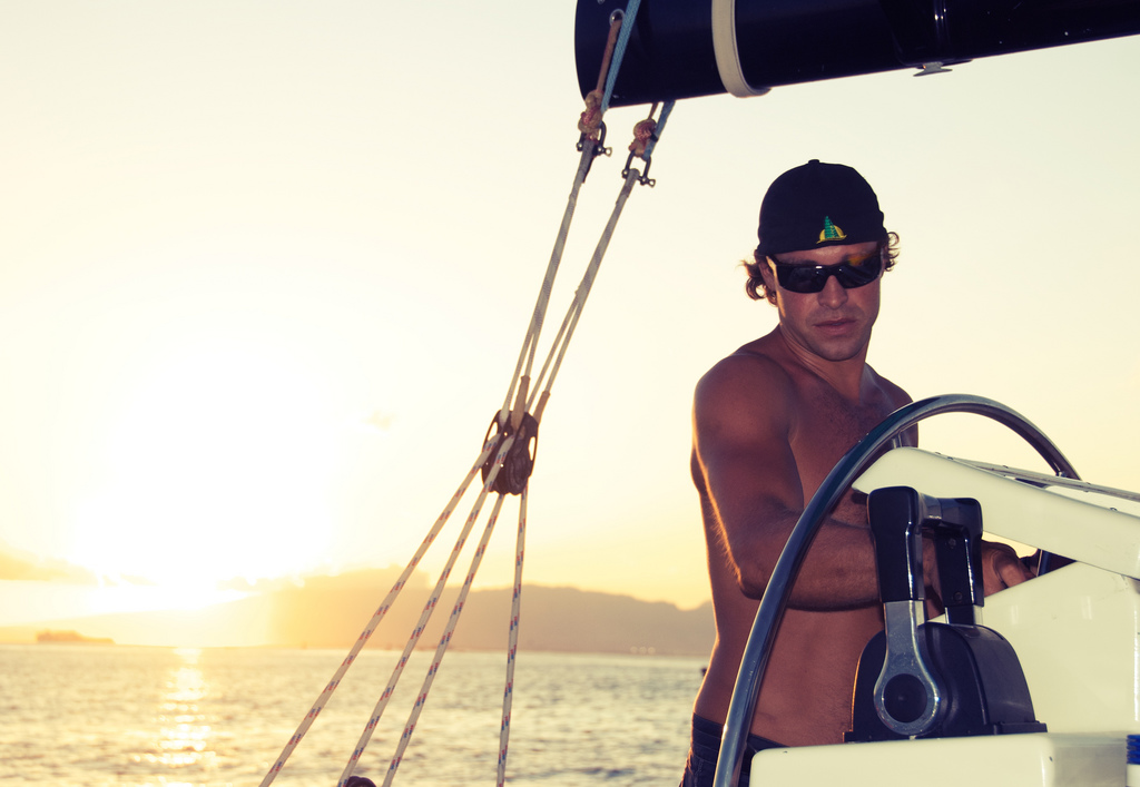 Guide to buying sunglasses for sailing Flickr CC image from Waikiki Hawaii by Colin Davis Studio