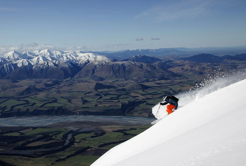 Mt Hutt one of the best NZ ski resorts for New Zealand snowboarding holidays image from Mt Hutt facebook