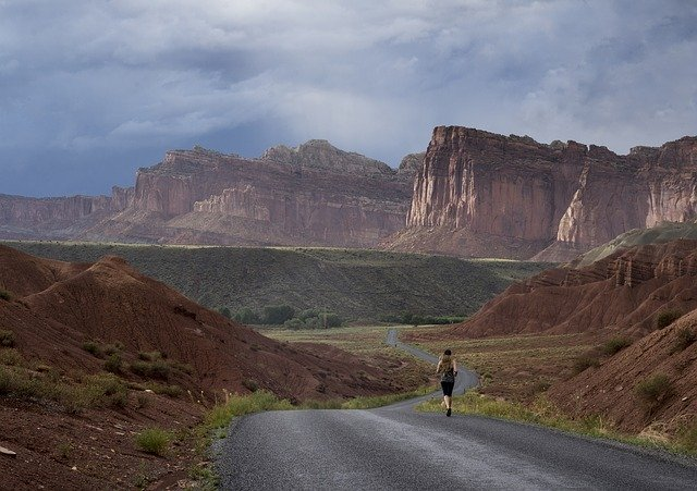 Running to get fit for adventure holidays and Training for activity breaks Pixabay royalty free image from Utah