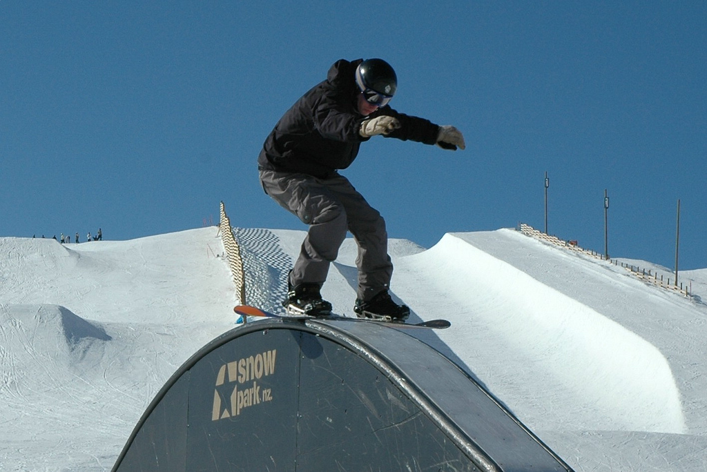 Snowpark one of the best NZ ski resorts for New Zealand snowboarding holidays Flickr CC image by arriba