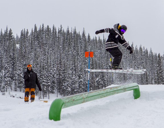 Apex mountain - best ski resorts in canada - pic by apexmountain