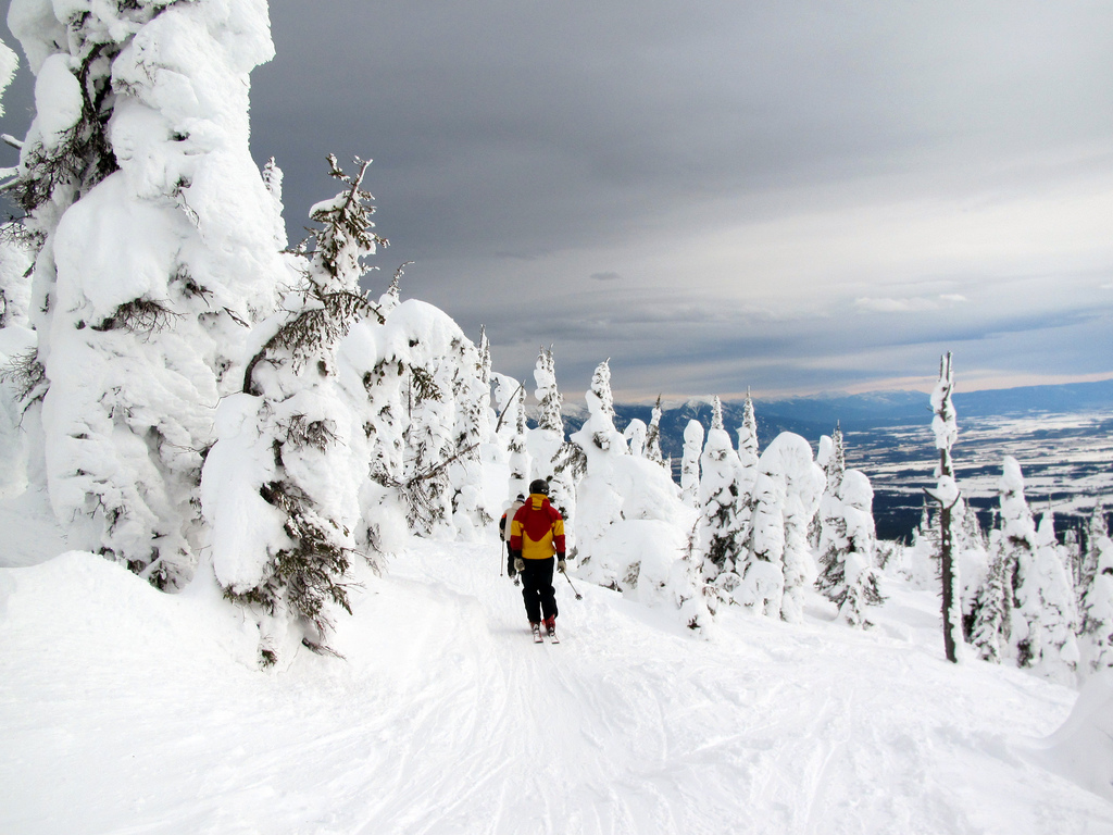 Fernie - top canadian ski resorts - flickr cc image by Owen Richard