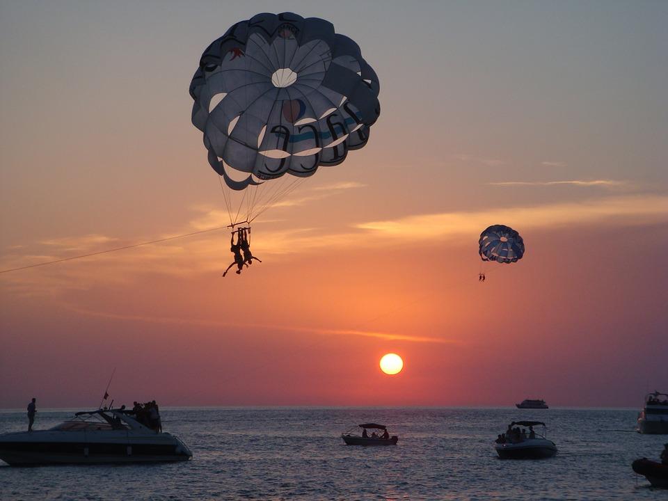 Ibiza adventure holidays 13 best Ibizan activities Pixabay CC image of parasailing
