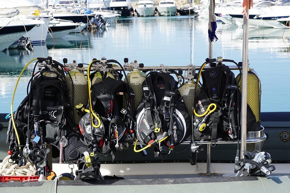 Ibiza adventure holidays 13 best Ibizan activities Pixabay CC image of scuba diving