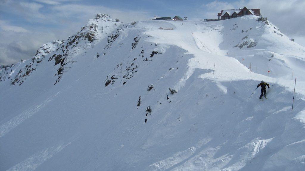 kicking horse - top canadian ski resorts - flickrcc image by fil al
