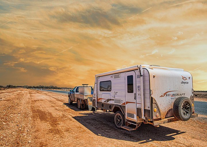 3 of the best caravan adventures and RV overland tours pixabay royalty free image