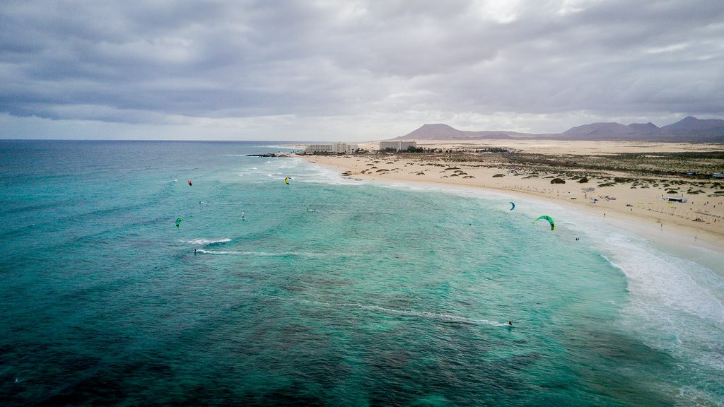 Guide to Fuerteventura kitesurfing holidays on a budget Flickr CC image of Corralejo by Felixphotography.de