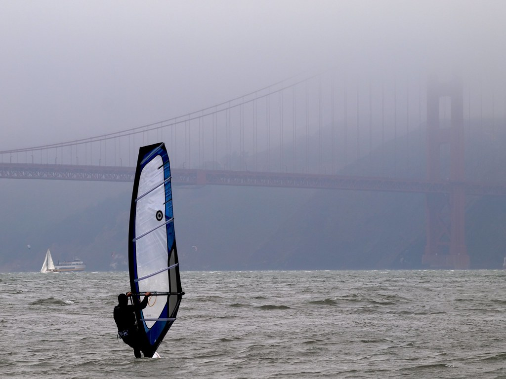 Guide to windsurfing in California San Francisco Golden Gate Bridge Flickr CC image by Ingrid Taylar