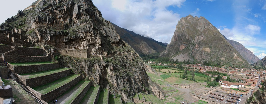 Ollantaytambo one of best inca sites in Peru: Flickr image by Ivan Mlinaric