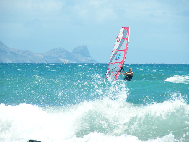 Secrets of Hawaii summer windsurfing in Maui The off wave season by Tez Plavenieks