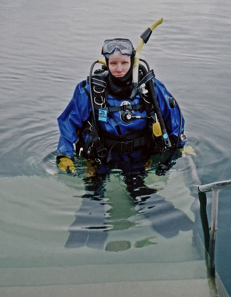 Guide to scuba diving drysuits Wikimedia CC image by Travail Personnel atsme