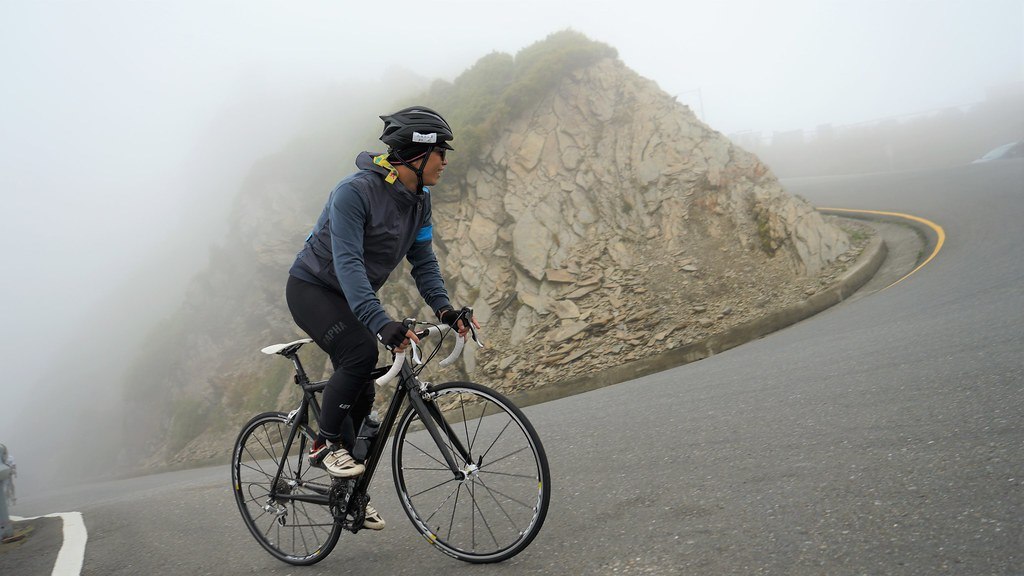 10 toughest cycling climbs worldwide: Most challenging rides for cyclists Flickr CC image by fat1024
