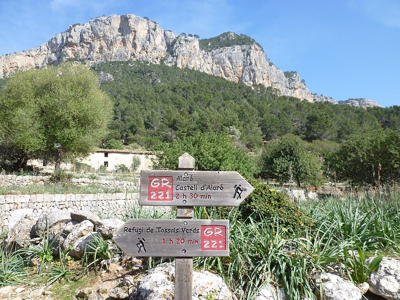 Trekking the GR221 trail in Mallorca Majorca one of the best undiscovered trekking destinations wikimedia CC imahe by Rosa-Maria Rinkl