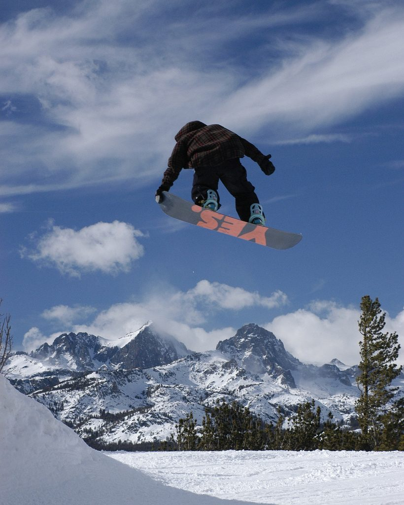 13 best USA snowboarding destinations Snowboard US style flickr CC image in Mammoth by dualdflipflop