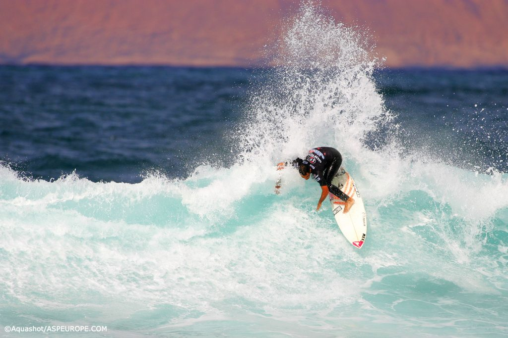 La Santa Guide to Lanzarote surfing holidays in the Canary Islands Flickr creative commons image by surfglassy