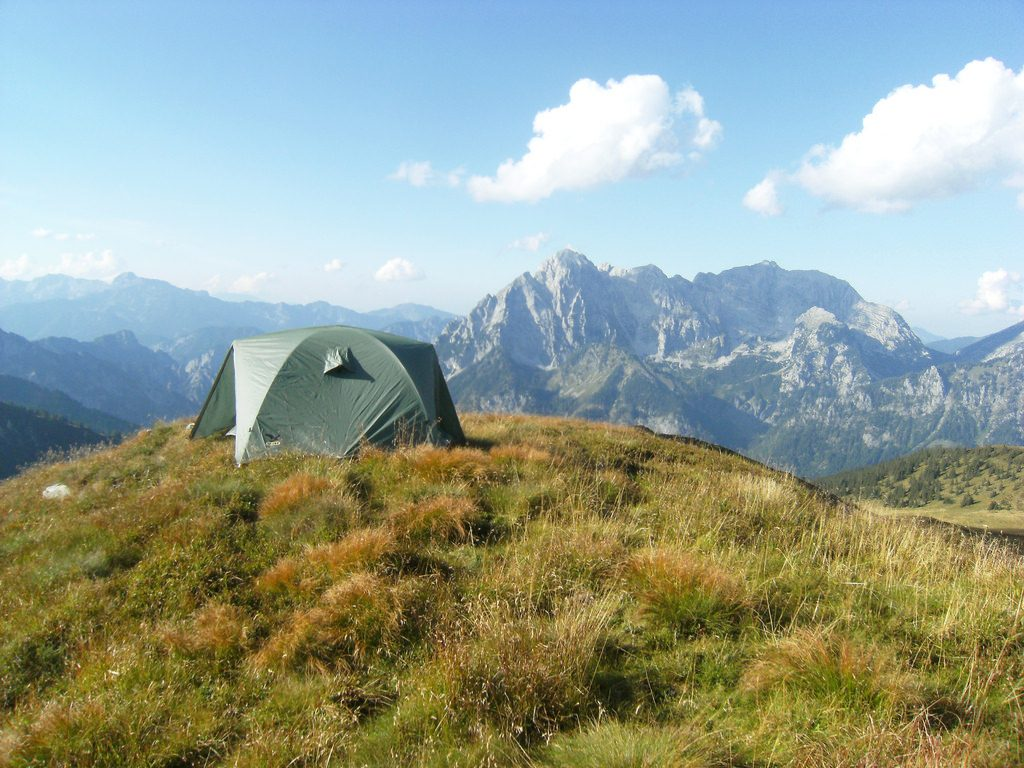 Tips for planning first trekking holidays and 7 best beginner treks Flickr creative commons image by Theo Crazzolara