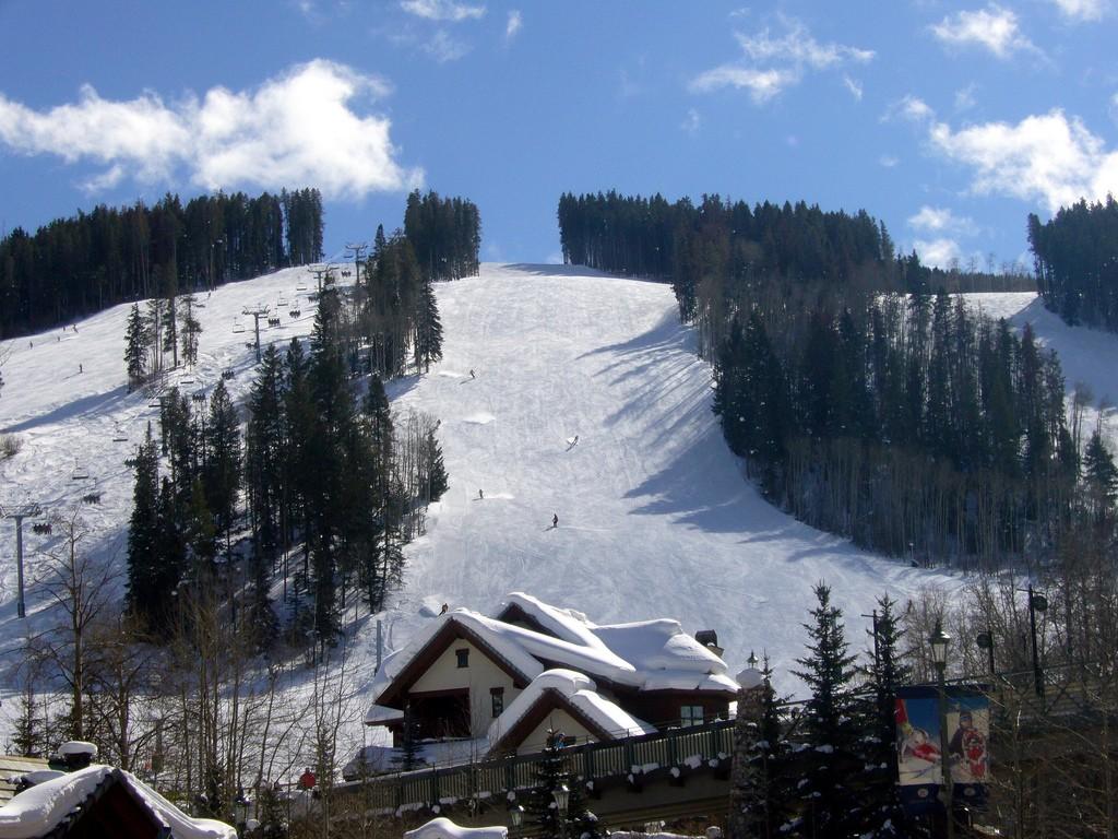 13 best USA snowboarding destinations: Snowboard US style! Flickr image Beaver Creek by Pravin Premkumar