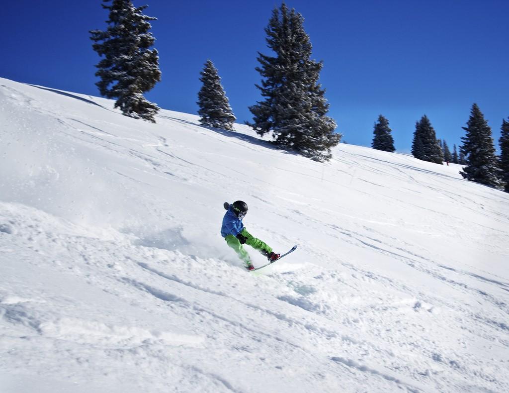 13 best USA snowboarding destinations: Snowboard US style! Flickr image by Zach Dischner
