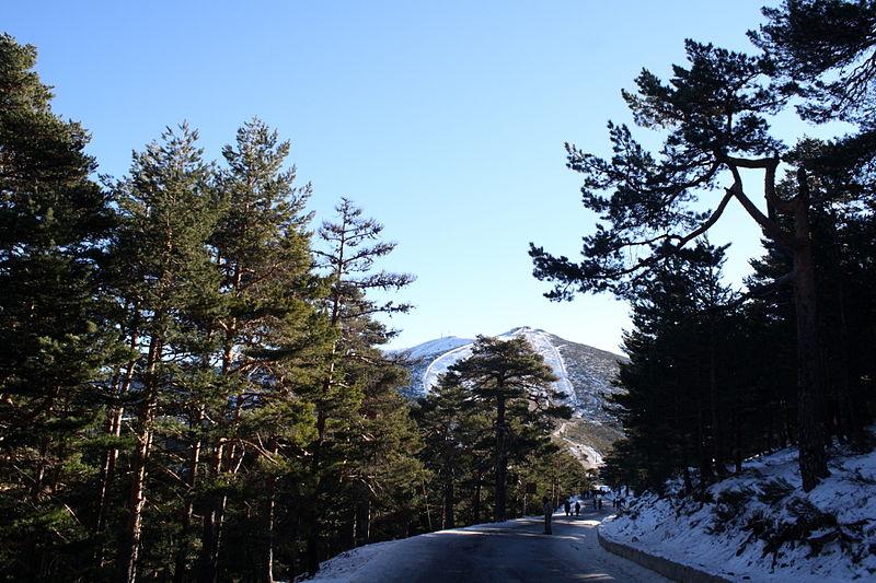 Madrid trekking holidays Wikimedia image by M.Peinado