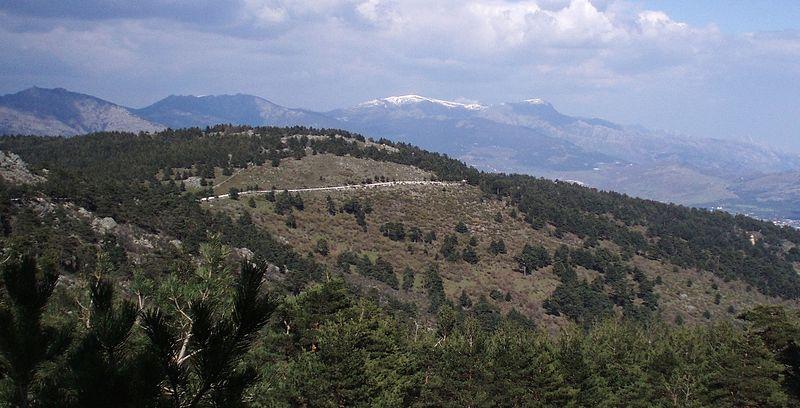 Madrid trekking holidays Wikimedia image by Miguel303xm