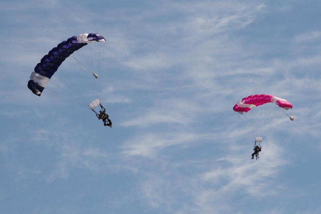 Paris skydive flickr image by Ryan Harvey