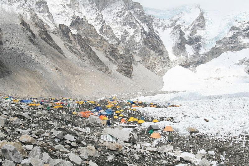 Best treks in Nepal Wikimedia image by Ilker Ender