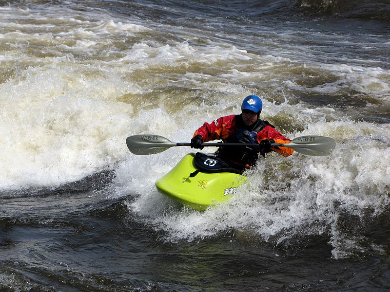 Different types of kayaking Wikimedia image by RaynaultM