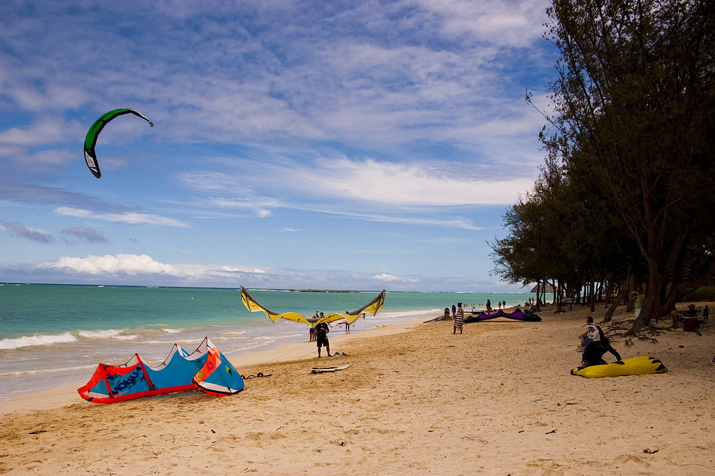 Oahu Hawaii one of the Top 10 kiteboarding destinations in the United States Flickr creative commons image by prud_de