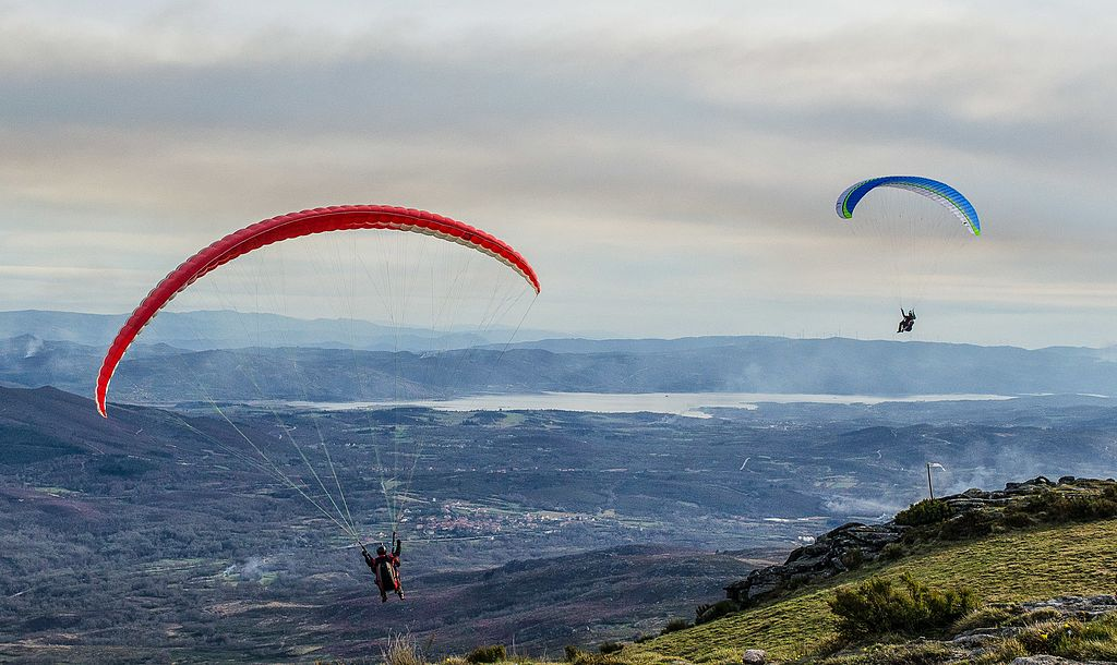Where to paraglide in Portugal Serra do Larouco in Montalegre wikimedia CC image by Turismo En Portugal