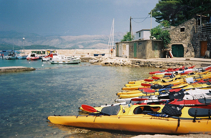 10 great European kayaking destinations Wikimedia image by Yannick Francois