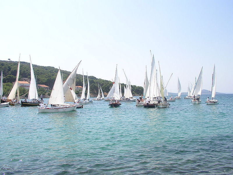 Croatia sailing holidays Wikimedia image by Shanticm