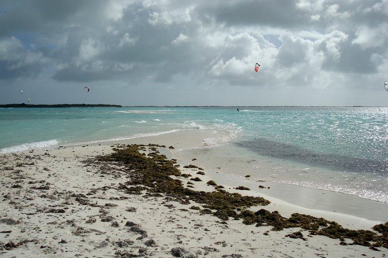 Los Roques kitesurfing holidays flickr image by Marcio Cabral de Moura