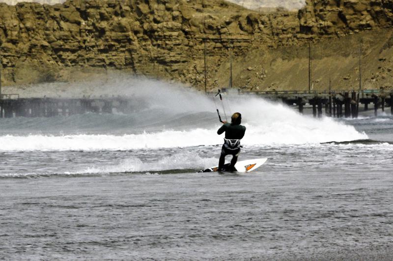 Mancora kitesurfing holidays in Peru at the best Peruvian kite spot