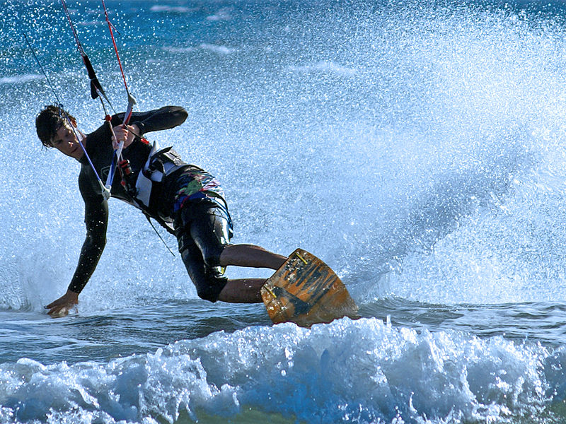 Great kitesurfing holidays Wikimedia image by Stefanvanderkamp