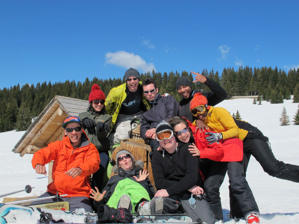 tips for planning solo ski holidays in Morzine courtesy of HOFNAR