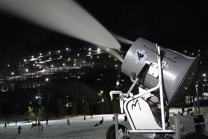 Best Ski News 2014 Wikimedia image by MeanMachine.mdp