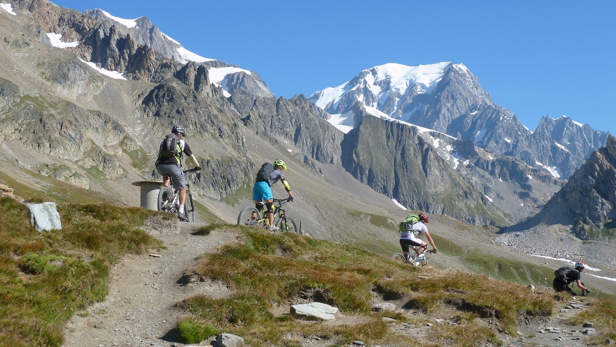 France Mountain Biking holidays Wikimedia image by le ded