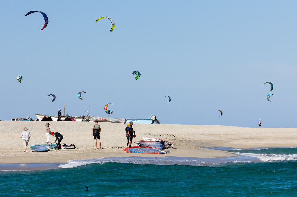 Guide to Mexico kitesurfing holidays in Baja Flickr image by Pierce Martin