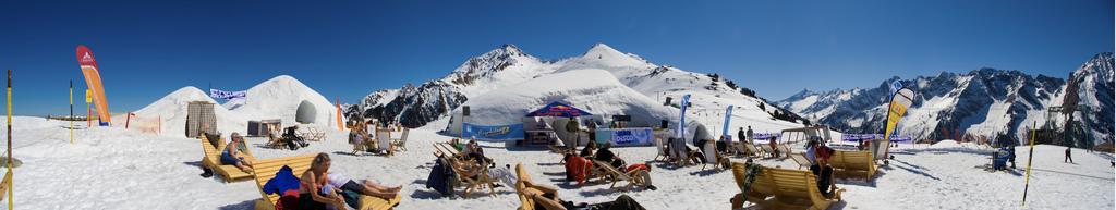 best ski news 2014 week 1 Snowbombing festival flickr image by Matt Biddulph