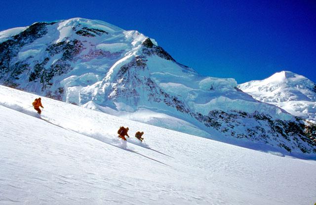 Off piste skiing  Alanga ski holidays