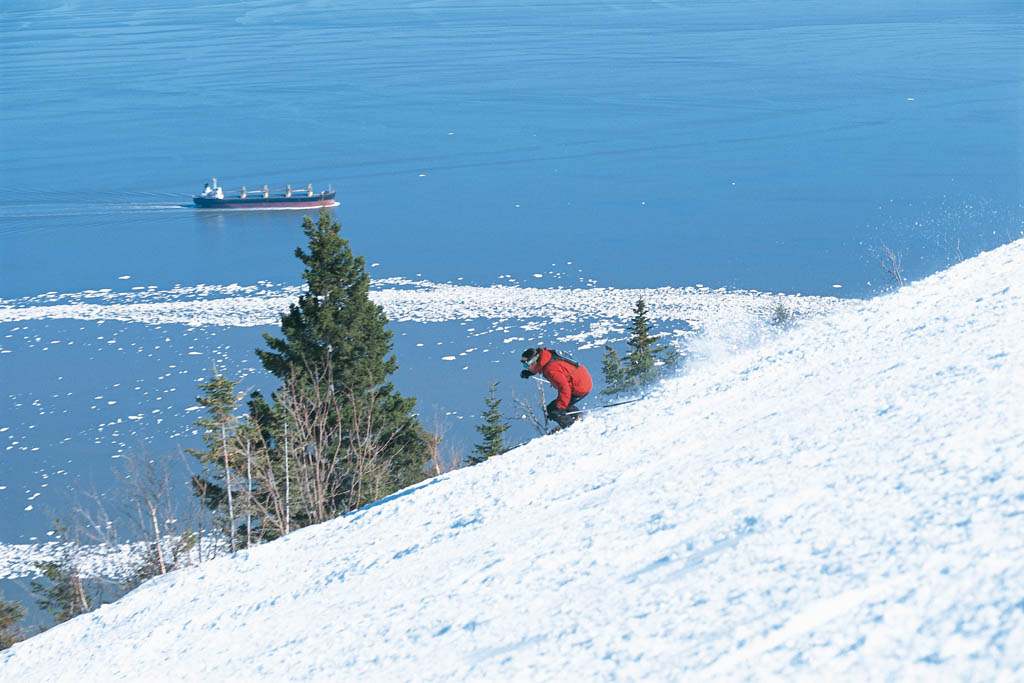 Skiing in canada at Le Massif Wikimedia Commons image by Datch78