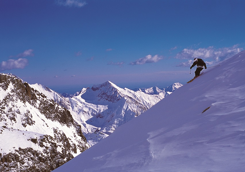 Review of Alagna skiing: Best freeride ski holidays in Italy