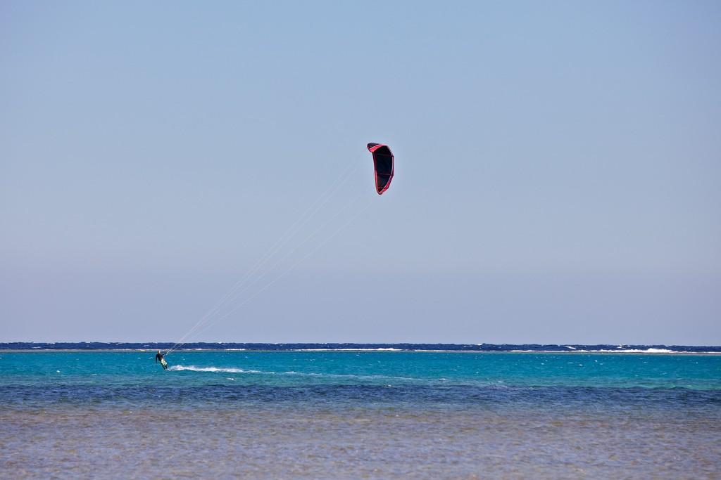 Sharm El Sheikh Kiteboarding Flickr image by Konstantin Zamkov