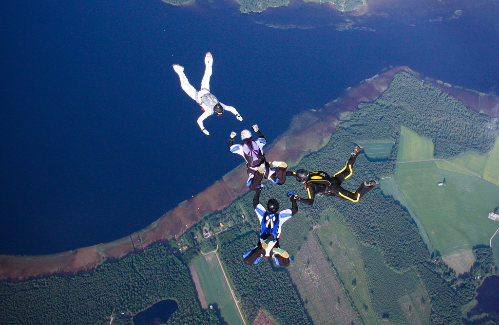 Skydive worldwide with accelerated freefall course flickr image by Alexander Savin