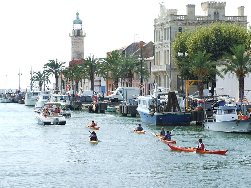 Best Mediterranean kayaking holidays Wikimedia image by Clem Rutter